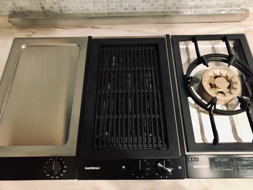 GAGGENAU調理機器を納品しました